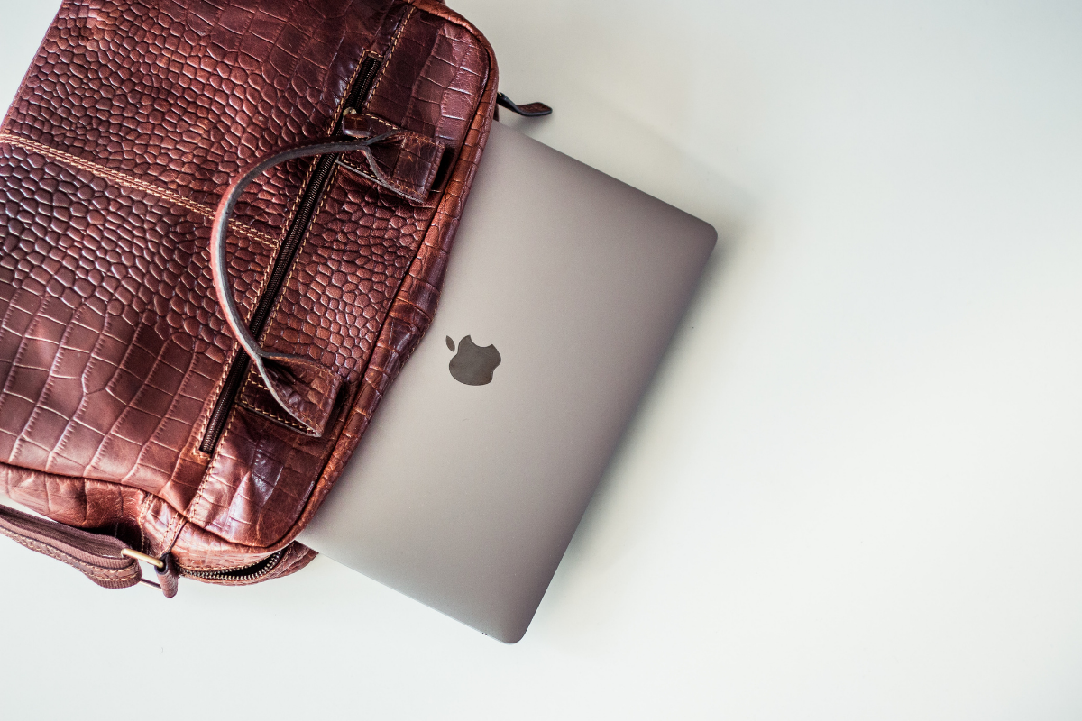 You need a laptop bag that's functional and comfortable but looks great too! Take a look at our top picks for 2021 to see if one is right for you.
